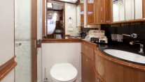 THIS IS US sailing yacht (ex SKYLGE) - VIP bathroom