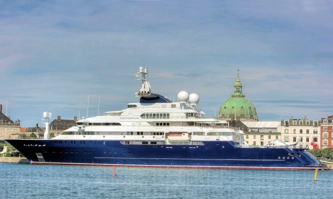 The 126 M Mega Yacht OCTOPUS