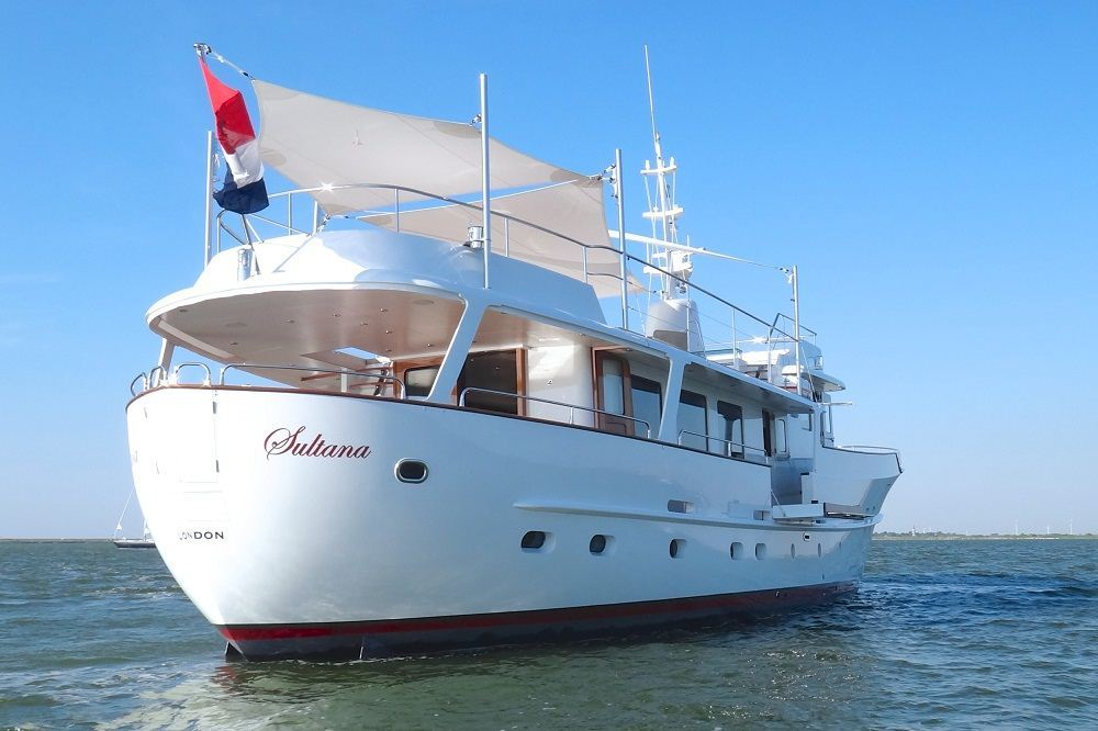 Free old steel yachts for sale bayumi for Vintage motor yachts for sale