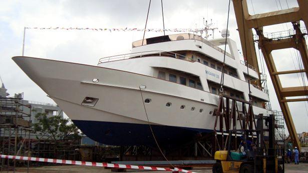 Motor Yacht Megaway 128