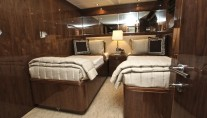 Twin cabin - Donna Marie superyacht