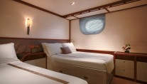 Twin cabin - charter yacht Rosehearty