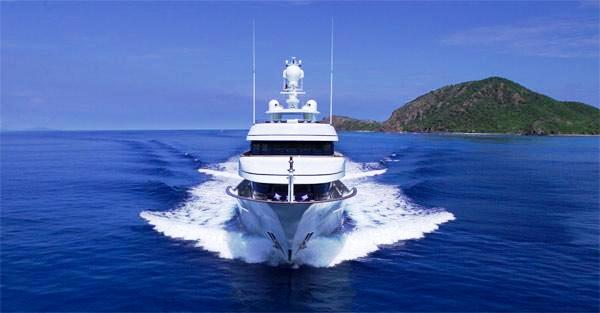 Motor yacht MADSUMMER (ex Issana, Twizzle, Drizzle)