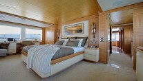 UAQ 1 superyacht - Owners Stateroom