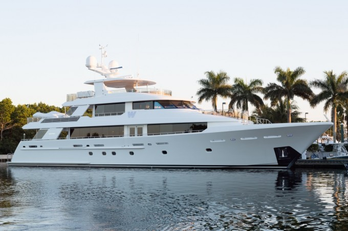 Superyacht W