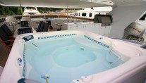 Yacht  REFLECTIONS - Jacuzzi on sundeck