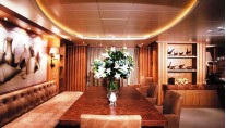 Yacht ALEXANDRA -  Dining Table