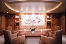 Yacht ALEXANDRA -  Low seating around dining table