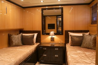 Yacht AMAZING -   Twin Cabin