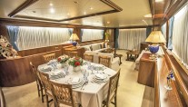 Yacht APANEMIA - Formal Dining