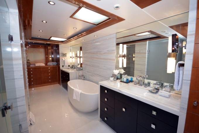 Luxury Yacht Charter Yacht AQUAVITA Master Bath Westport And Bill
