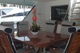 Yacht AVELLA -  Aft Deck Dining