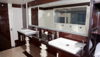 Yacht Algorythm - Master Bath 1