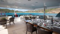 Yacht BLIND DATE 161 -  Bridge Deck Al fresco Dining