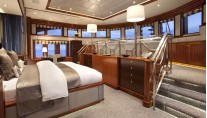 Yacht BLIND DATE 161 -  Master Cabin