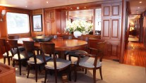 Yacht BLUE ATTRACTION - Formal Dining