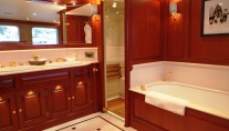 Yacht BLUE ATTRACTION - Master Ensuite