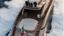 Yacht BLUE FORCE ONE -  Aft View