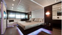 Yacht BLUE FORCE ONE -  Master Stateroom