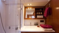 Yacht BLUE PASSION -   Guest Ensuite 3