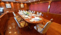 Yacht CAMELLIA - Formal Dining