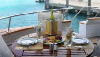 Yacht CAPTIVATOR - Aft Deck dining