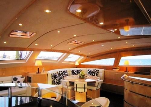 Yacht CATTITUDE -  Salon Dining