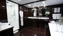 Yacht CHARISMA -  Master Cabin Ensuite