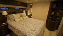 Yacht CHILLS - Starboard Guest Cabin