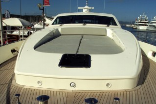 Yacht CLAN V - Foredeck