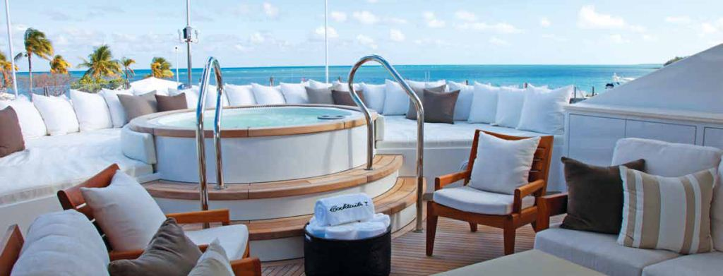 Yacht COCKTAILS -   Sundeck Spa Pool