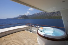 Yacht CYRUS ONE -  Sundeck Spa Pool