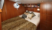 Yacht DEVILS ADVOCATE - Guest Cabin
