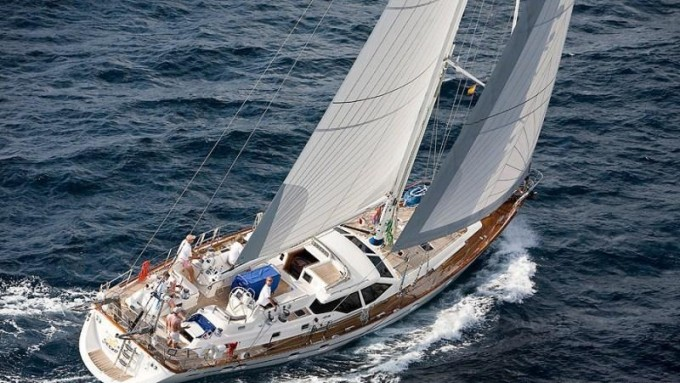 Sailing yacht ELVIS MAGIC