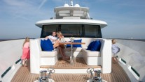 Yacht Firefly - Foredeck relaxing