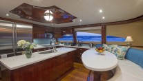 Yacht GALE WINDS - Country galley