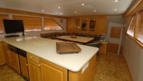 Yacht GOLDEN RULE - Galley