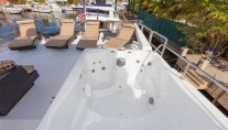 Yacht GOLDEN TOUCH - Sundeck Spa Pool