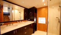 Yacht GRACE KELLY -  Master Ensuite