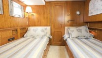 Yacht IMPETUOUS -  Twin Cabin