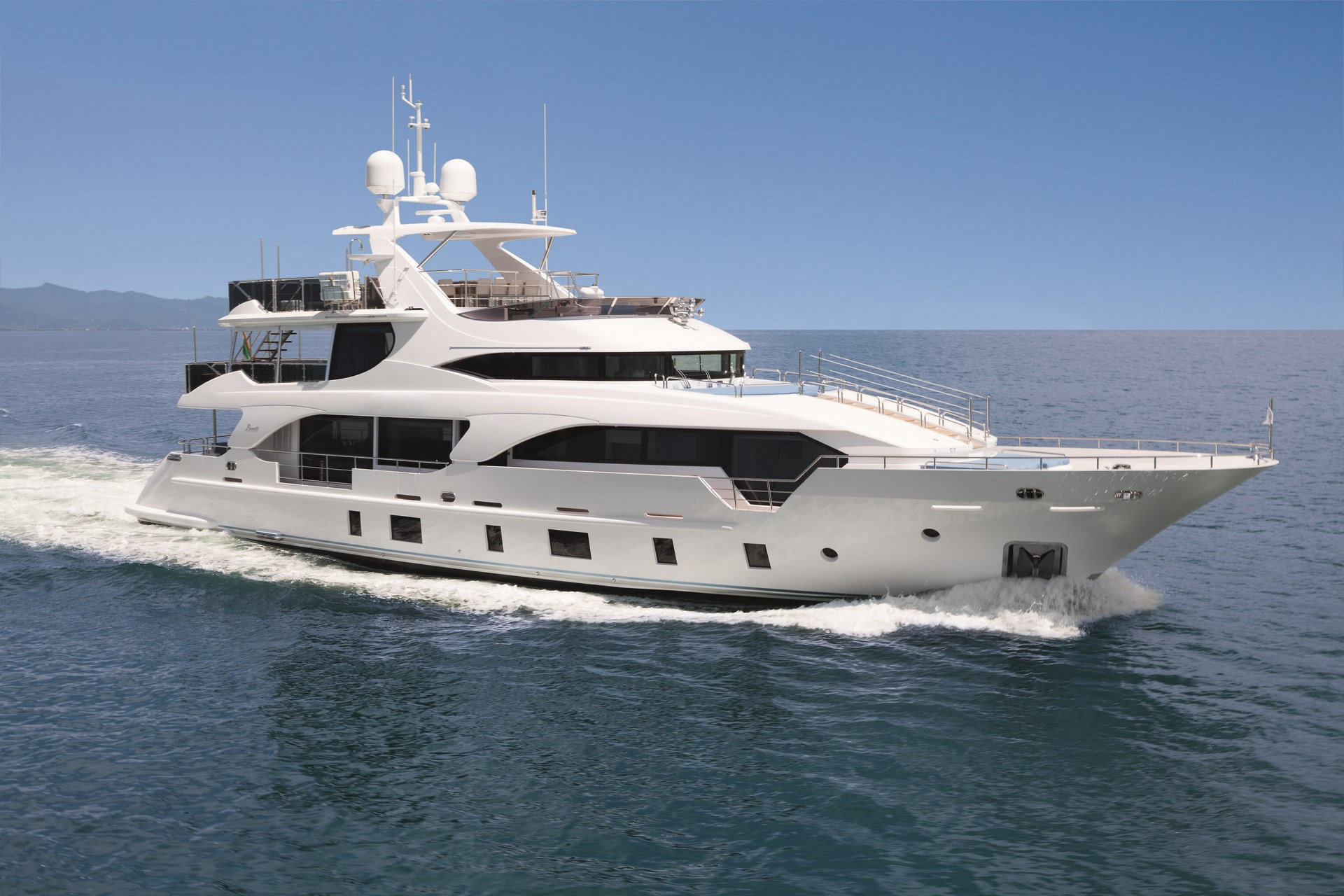 Yacht INCONTATTO Benetti Tradition Supreme 108