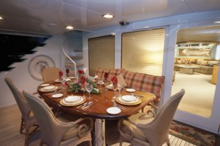 Yacht INDEPENDENCE 2 -  Aft Deck Dining