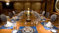 Yacht INSIGNIA - Formal Dining