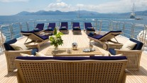 Yacht INSIGNIA - Sundeck Seating