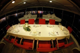 Yacht JUNIOR ORCUN -  Al fresco Dining at Night.JPG