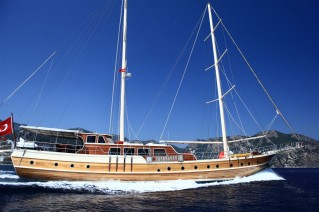 Yacht JUNIOR ORCUN -  Cruising.JPG