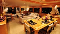 Yacht LADY DIANE II -  Salon looking Aft