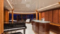 Yacht LADY LOLA -  Main Salon Piano