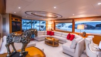 Yacht LIVING THE DREAM -  Salon Seating