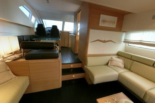 Yacht LUCIGNOLO -  Salon looking forward